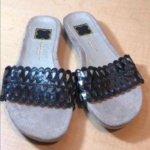 👄Liz Claiborne patent slide sandals